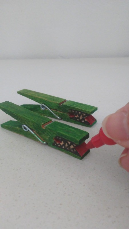 Alligator Clothespins - color the tongue red and draw the teeth