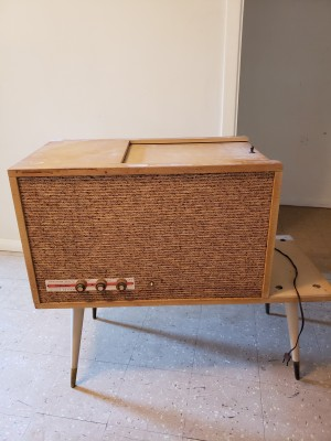Value of a Sears Silvertone Stereo System - vintage stereo