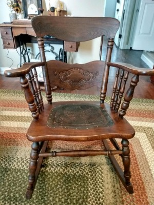 Age and Value of a Murphy Rocking Chair - antique rocking chair with leather on seat