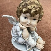 Value of a Giuseppe Armani Figurine - cute angel figurine