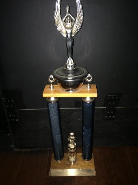 Selling a 1971 Duncan Yo Yo Championship Trophy