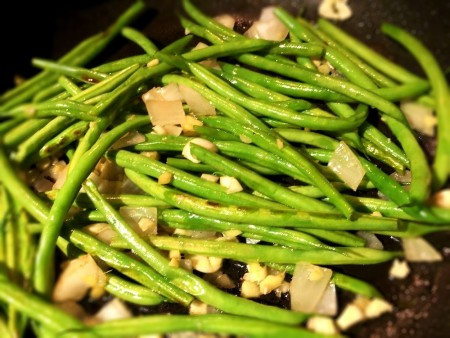 garlic, onion & ginger added to Green Beans