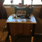 Sew Pretty Sewing Machine Restoration - finished project