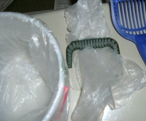 Use Produce Bags for Soiled Cat Litter