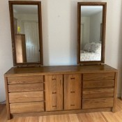 Value of Conant Ball Bedroom Furniture? - dresser with two tall, narrow mirrors