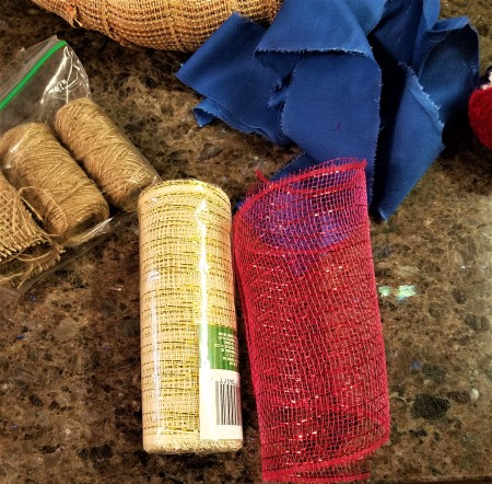 Simple and Fun Burlap Wrapped Country Wreath - supplies