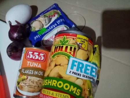 The ingredients for tuna sisig.