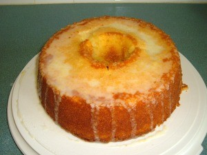 A completed lemon-jello pound cake.