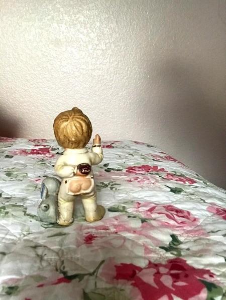 Identifying a Vintage Ceramic Figurine?