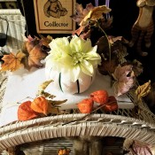 Easy Peasy Pumpkin Decor - pumpkin part of a fall decor setting