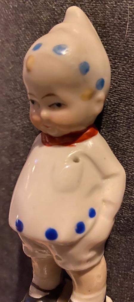 Identifying a Figurine?