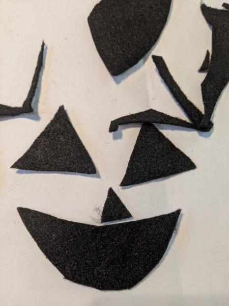 Halloween Pumpkin Planter - beginning to cut out the felt pieces