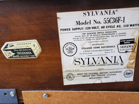 Model information on the back of a Sylvania stereo.