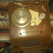 A 1948 Crescent Line Recorder on a blanket.