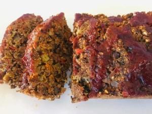 Slices of vegan lentil meatloaf.