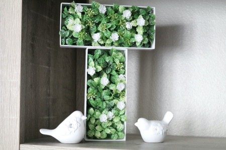 The completed 3D Initial Floral Decoration Box