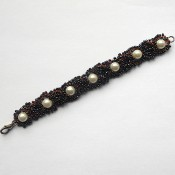 Intertwined Bead and Wire Crochet Bracelet