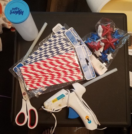 Supplies for making a patriotic vase made of straws
