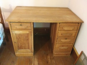 Old Desk with Drawers and Removable Top?
