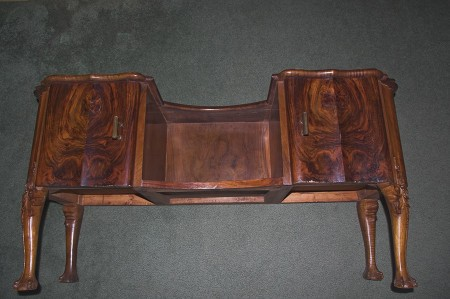The desk from a front view.