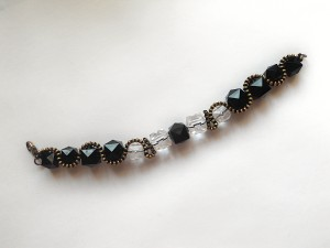 The completed beaded bracelet.